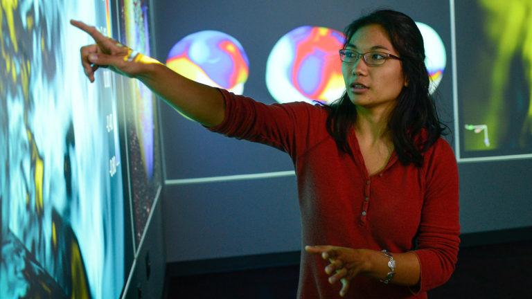 Math and physics double-major Mia de los Reyes.